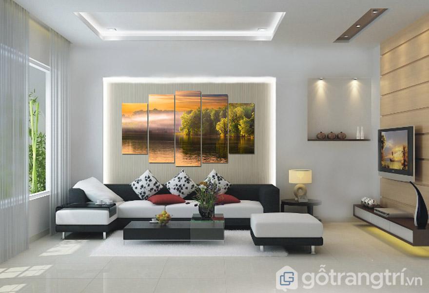 Tranh phong cảnh đẹp sẽ tạo nên không gian phòng khách đẹp ấn tượng.