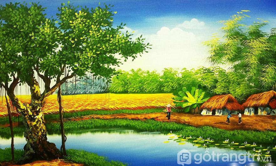 Tranh phong cảnh quê hương gợi nhắc về nguồn cội, tạo vẻ đẹp tinh tế cho phòng khách.
