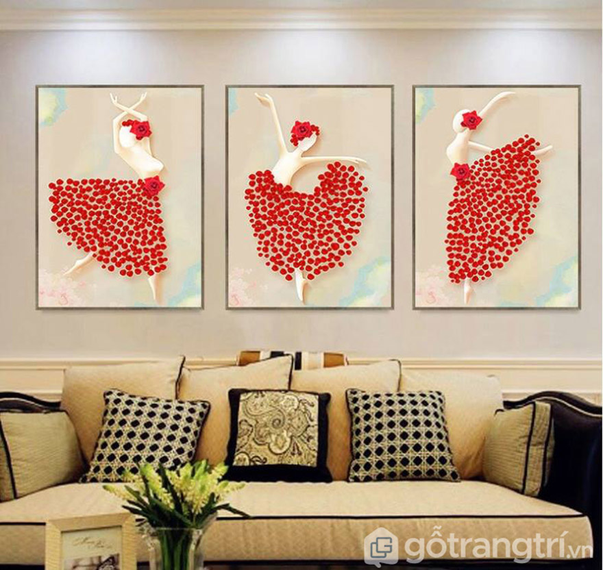 Tranh nghệ thuật với sắc đỏ tạo điểm nhấn nổi bật cho không gian phòng khách.