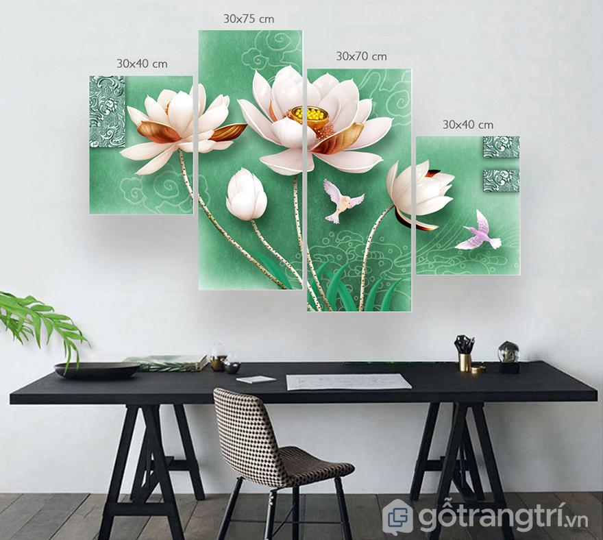 Tranh bộ về hoa sen giúp không gian sang trọng, có điểm nhấn đầy tinh tế.