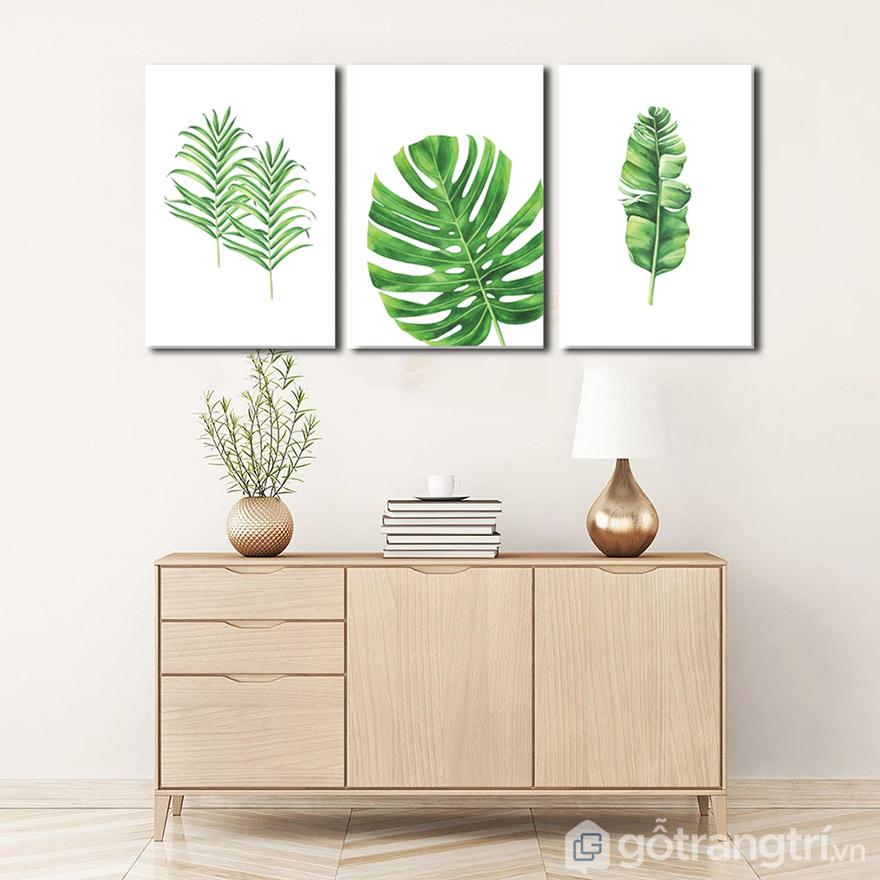 Kích thước phòng khách nhỏ có thể dùng những mẫu tranh treo tường kích thước nhỏ