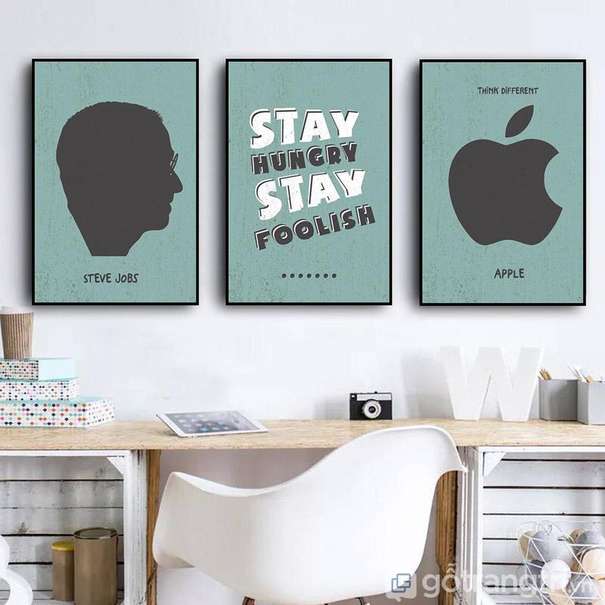 Bạn có thể kết hợp với cá tính hiện đại hoặc tranh chữ để tạo không gian phòng khách bắt kịp xu hướng