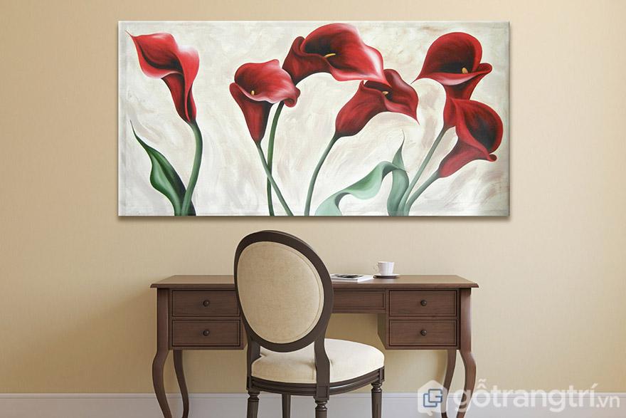 Tranh nghệ thuật về hoa cũng là chủ đề bạn có thể chọn lựa để tạo không gian sang trọng, có điểm nhấn riêng.