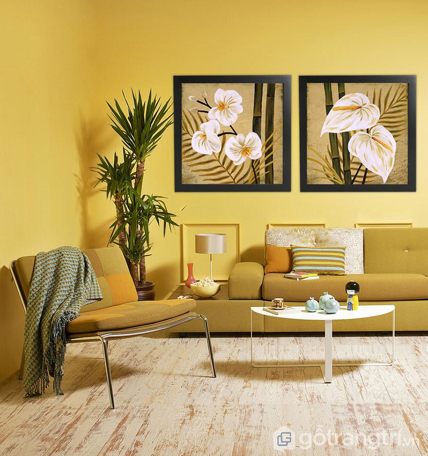 Chọn tranh vải Canvas có màu phù hợp với nội thất và sơn tường sẽ tạo không gian đậm chất riêng.