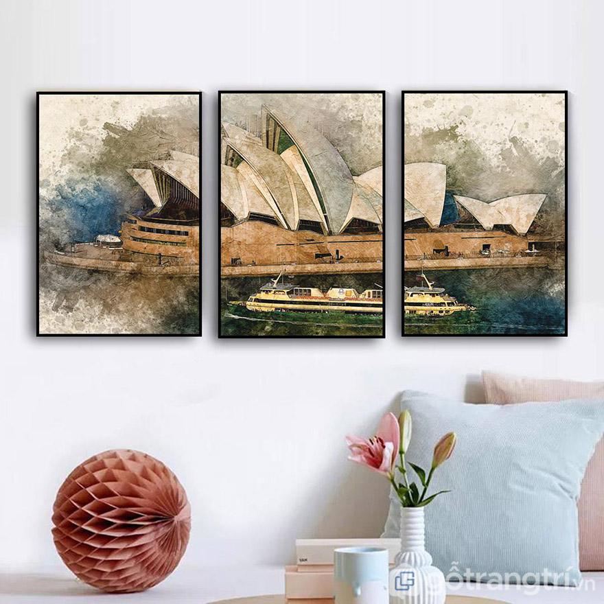 Tranh vải canvas có rất nhiều màu sắc, kích thước và phong cách thiết kế cho bạn lựa chọn.