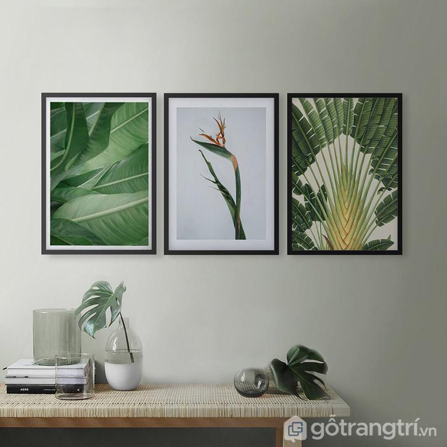Dựa trên chiều cao tường để mua tranh vải Canvas với kích thước phù hợp.