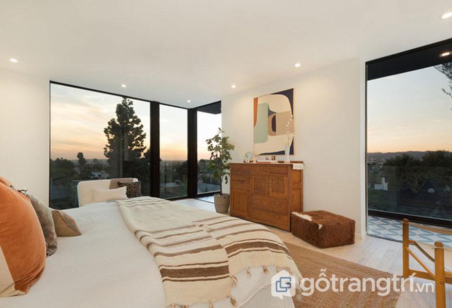 Phòng ngủ này không khác gì khu nghỉ dưỡng cao cấp (Ảnh: Internet)
