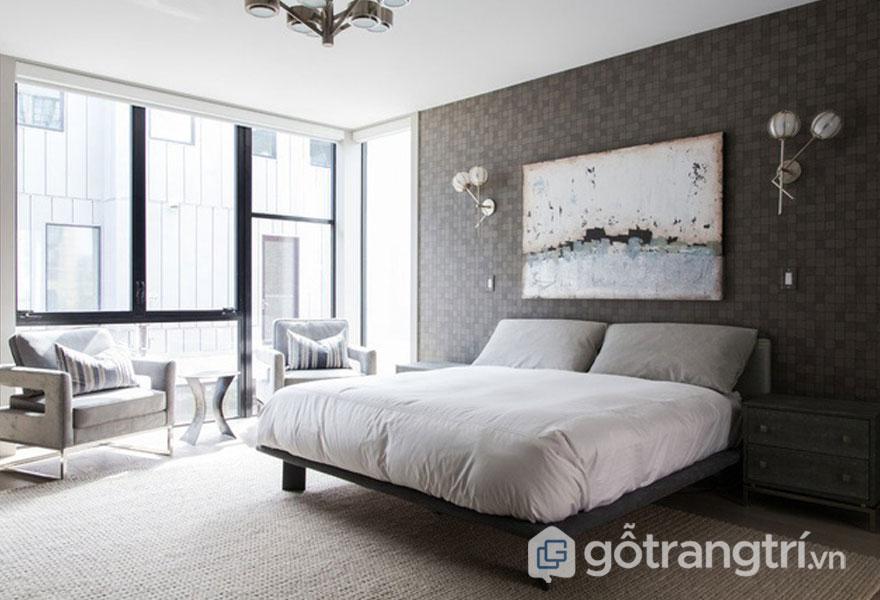 Phòng ngủ đương đại nổi bật với sắc trắng ga trải giường (Ảnh: Internet)
