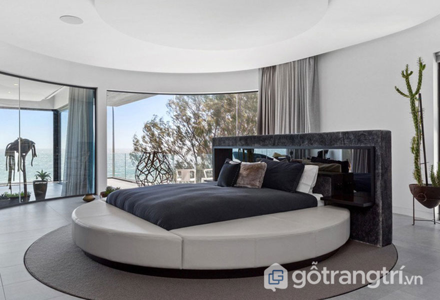 Phòng ngủ đương đại khá độc đáo với chiếc giường tròn (Ảnh: Internet)