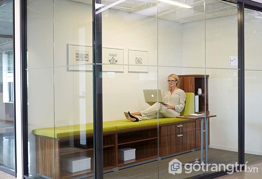 Kính bảo ôn giúp tạo không gian riêng tư cho người sử dụng - ảnh internet