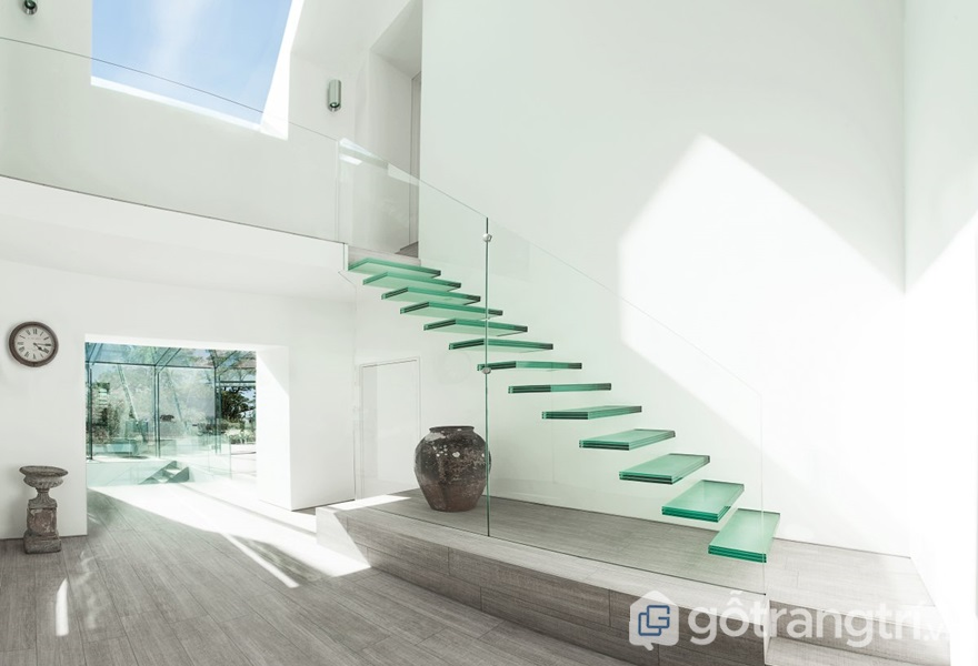 Kính cường lực ứng dụng thiết kế cầu thang - ảnh internet
