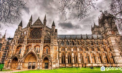 Kiến trúc gothic là gì? Những công trình kiến trúc gothic tiêu biểu nhất