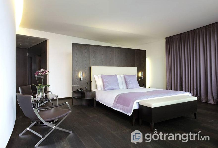 Phòng ngủ Hitech nổi bật với tông màu đen và trắng (Ảnh: Internet)
