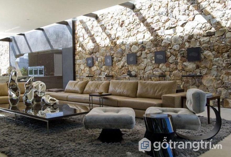 Hay bức tường bằng đá cũng mang nét đặc trưng, lạ lẫm của phong cách nội thất loft (Ảnh: Internet)