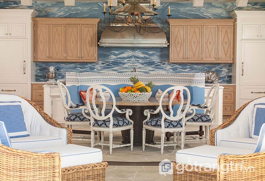 Phòng ăn nhiệt đới nổi bật với gam màu xanh dương (Ảnh: Internet)