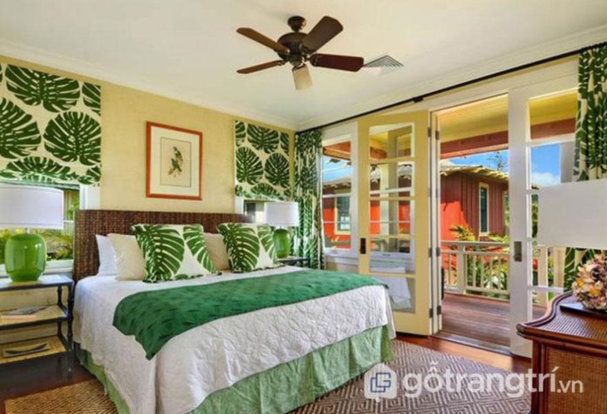 Phòng ngủ mang phong cách nội thất tropical được thiết kế đầy cuốn hút với tông màu xanh lá cây (Ảnh: Internet)