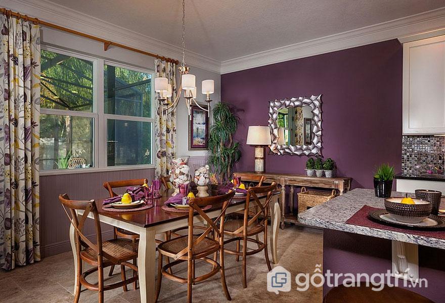 Phòng ăn nhà nhặn với sắc màu tím (Ảnh: Internet)