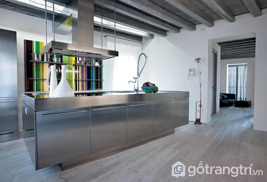Căn bếp hiện đại ứng dụng vật liệu thép - ảnh internet