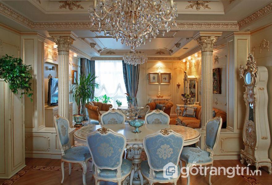Phòng ăn với bộ ghế khá sang trọng, đẹp mắt (Ảnh: Internet)