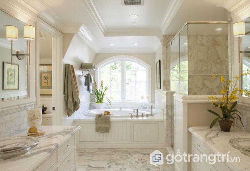 Bồn tắm, bồn rửa mặt được ốp lát bằng đá cẩm thạch sẽ mang đến 1 không gian xa hoa, lộng lẫy (Ảnh: Internet)