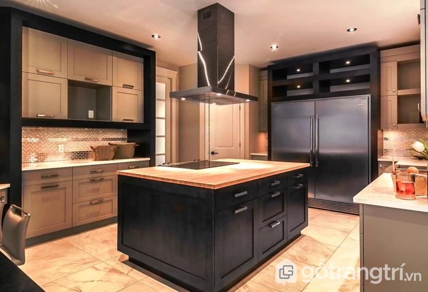 Thiết kế bếp với kim loại thép không gỉ phủ màu - ảnh internet