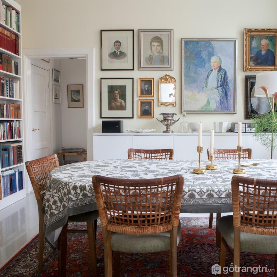 Những chiếc ghế ăn được thiết kế của Phần Lan từ những năm 50 và là một món quà từ một người bạn không còn sử dụng cho chúng nữa (Ảnh: Internet)