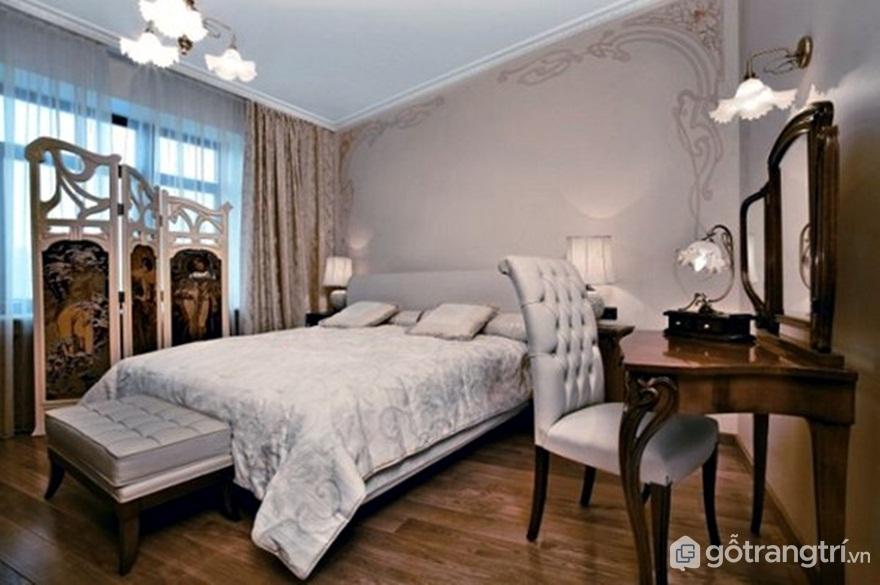 Phòng ngủ nổi bật với sàn nhà gỗ và màu ghi (Ảnh: Internet)