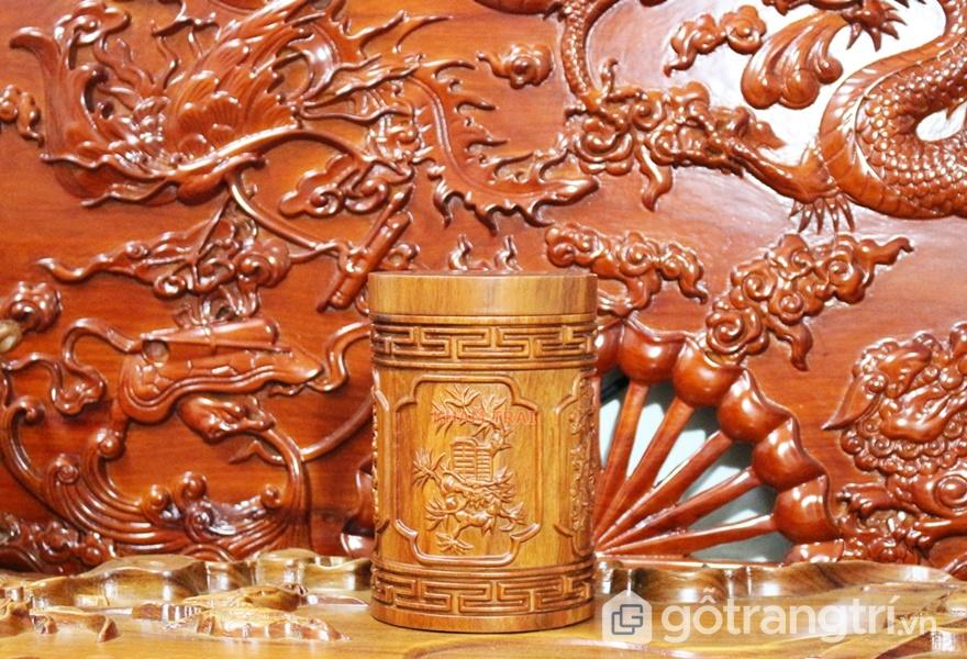 Bề mặt gỗ hương có thể trạm khắc các họa tiết - ảnh internet