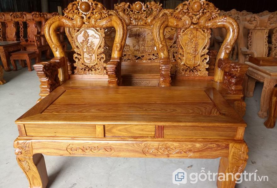 Bộ bàn ghế đẹp làm từ gỗ hương - ảnh internet