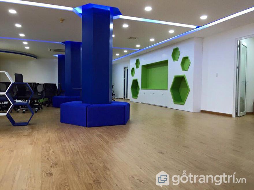 Sàn gỗ trong trang trí văn phòng