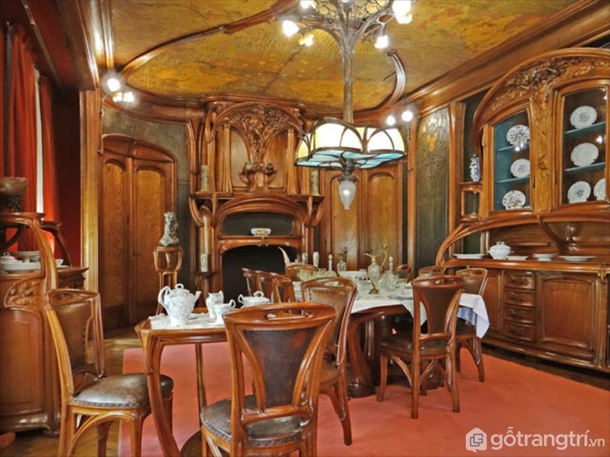 Phòng ăn trang trọng theo phong cách Art Nouveau - Tác giả: Jean-Pierre Dalbéra CC BY 3.0