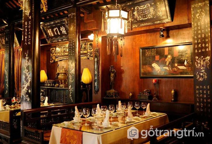 Nét đối xứng xuất hiện ở khắp mọi nơi, và đôi phần có sự pha trộn của văn hóa truyền thống Trung Hoa và Việt (Ảnh: Internet)