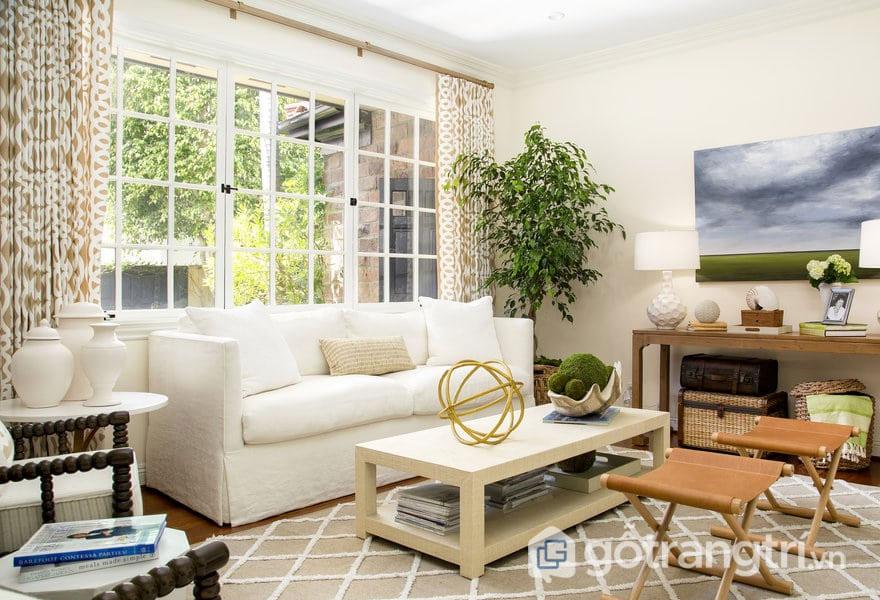 Phong cách nội thất Eco luôn luôn tận dụng những ổ cửa sổ lớn bằng kính (Ảnh: Internet)
