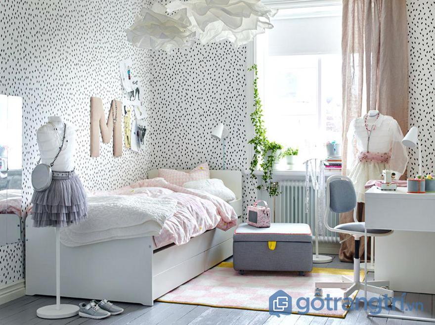 Trang trí phòng ngủ bé gái với phụ kiện thời trang