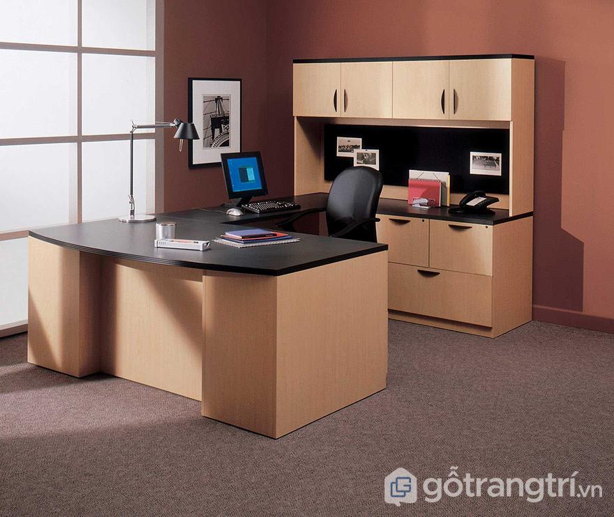 Trang trí văn phòng nhỏ gọn gàng