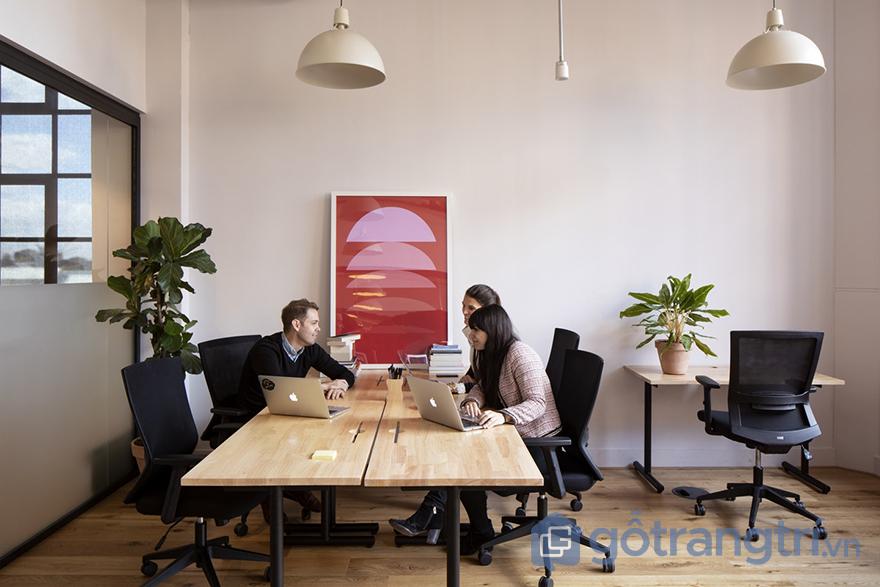 vật liệu trang trí văn phòng phù hợp với phong cách thiết kế