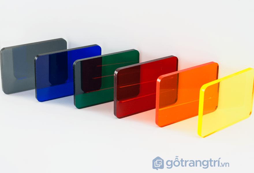 Vật liệu acrylic bóng gương - ảnh internet