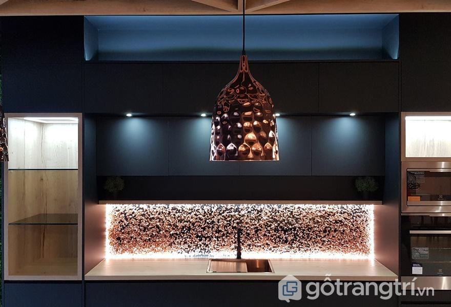 Nội thất acrylic bóng gương có vẻ đẹp sang trọng, đẳng cấp - ảnh internet