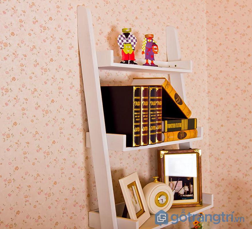 Kệ trang trí phòng ngủ bậc thang