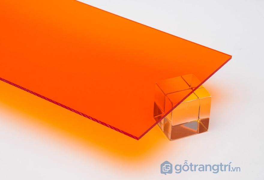 Tấm acrylic bóng gương - ảnh internet