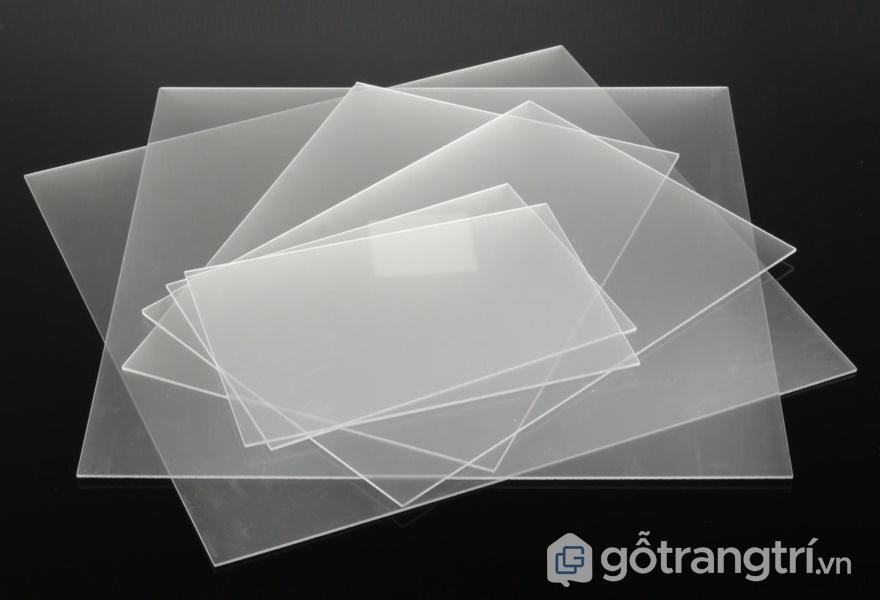 Tấm acrylic có độ bền cao - ảnh internet