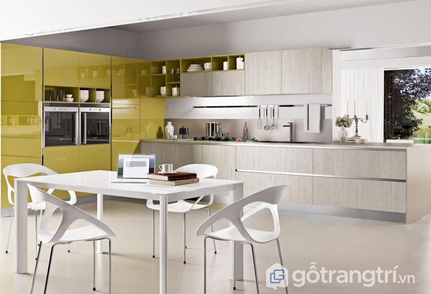 Tủ bếp gỗ acrylic metallic - ảnh internet