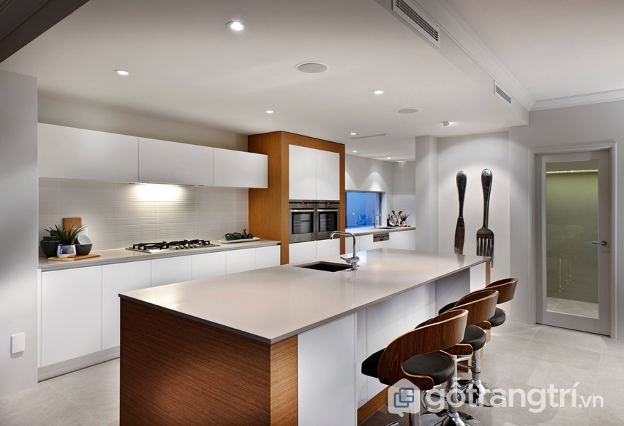 Tủ bếp laminate theo phong cách color block - ảnh internet