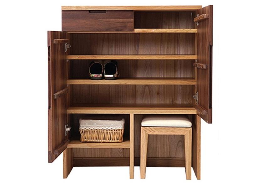 Tủ giày GHS-5709 được làm từ gỗ MDF lõi xanh, đảm bảo độ bền.