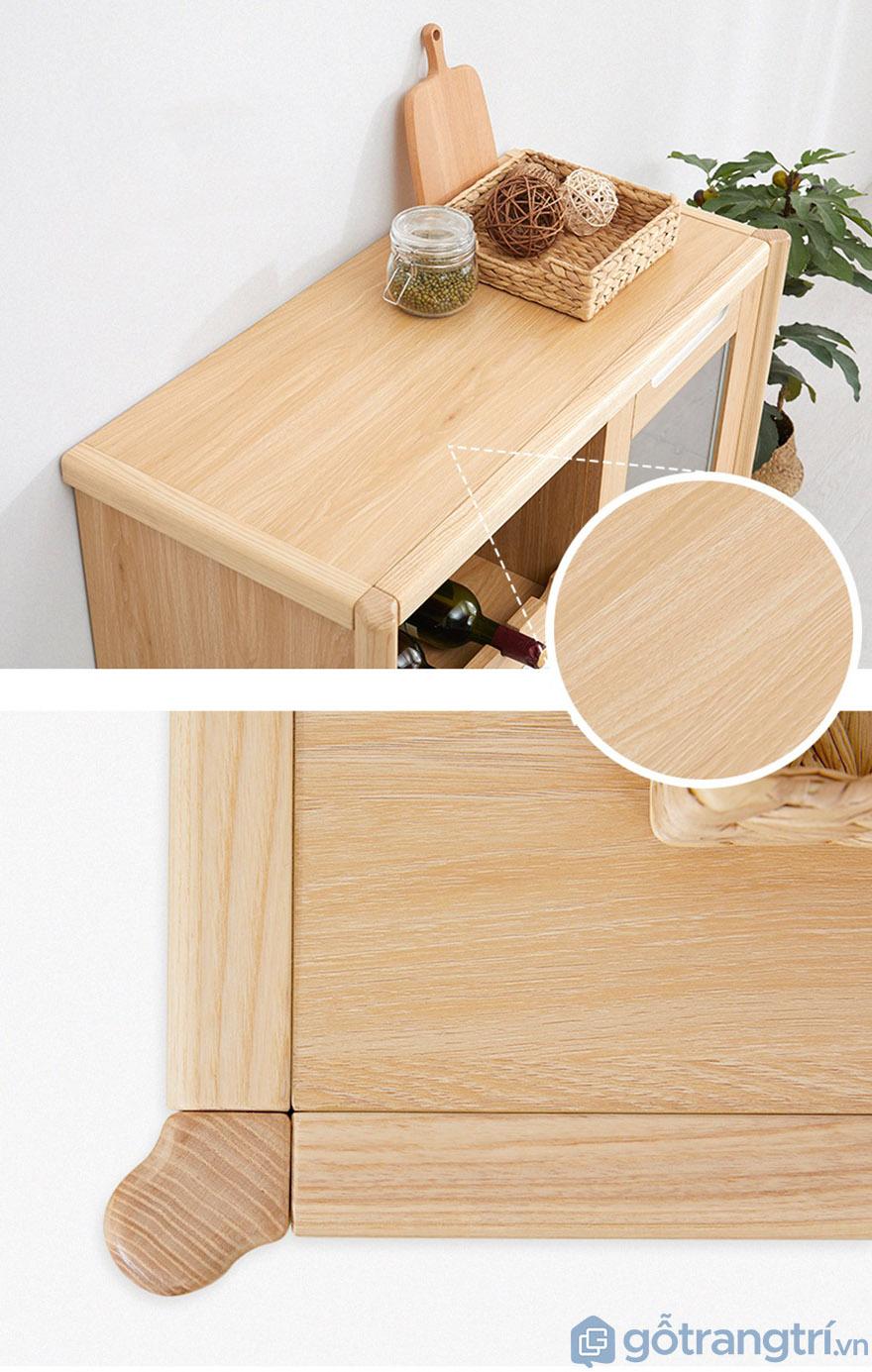 Chất liệu gỗ sồi tự nhiên, có độ bền cao.