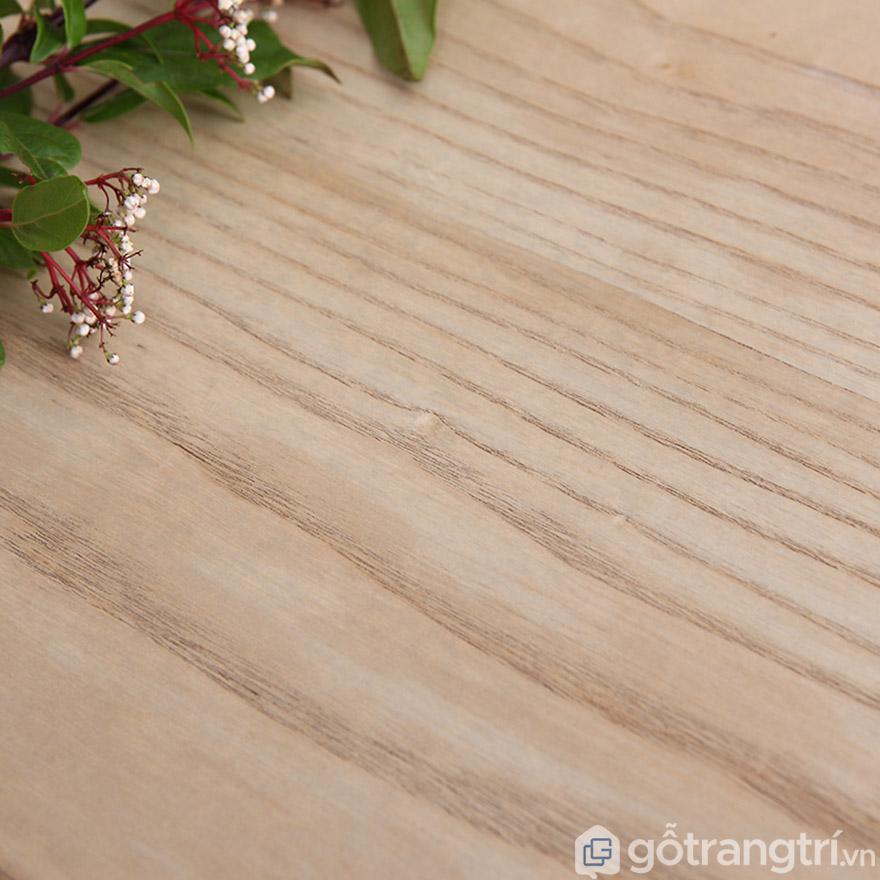 Gỗ sồi tự nhiên đảm bảo chất lượng và độ bền.