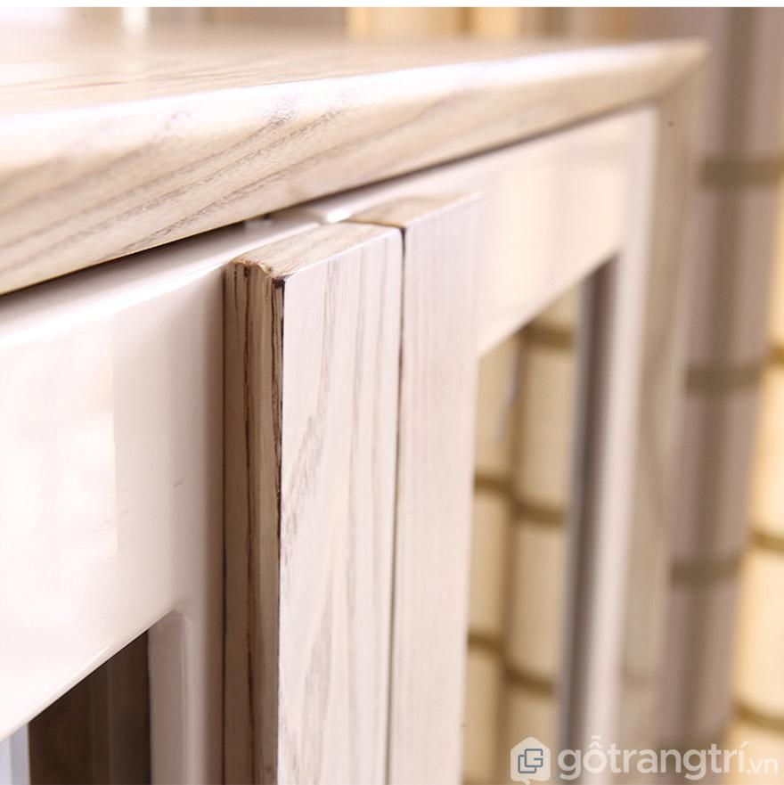 Độ bền của gỗ sồi rất lâu, sản phẩm sử dụng đến 10 năm.