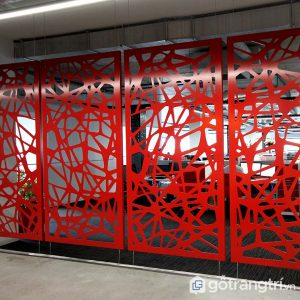 Red Dividing screen