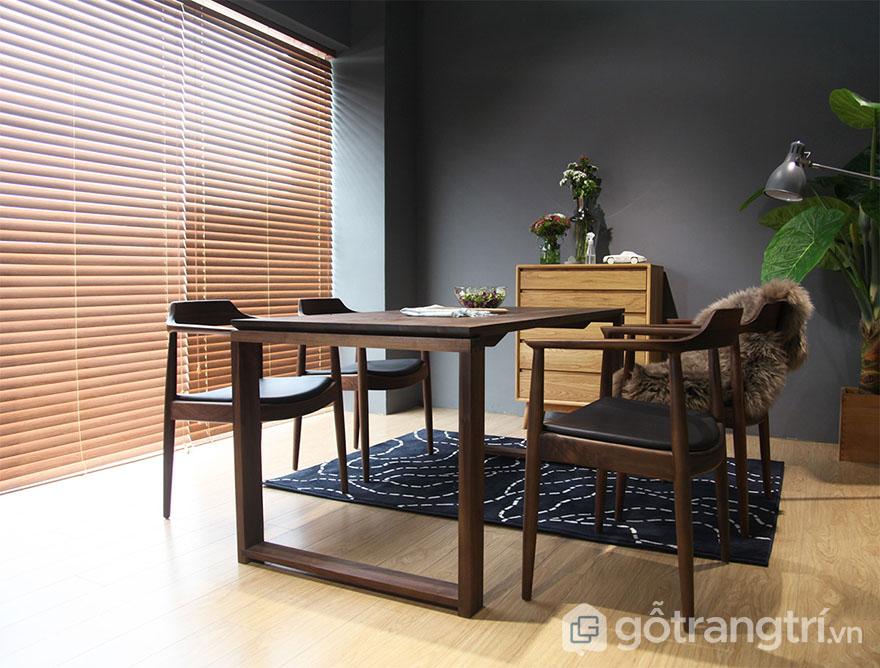 Bo-ban-an-gia-dinh-bang-go-tu-nhien-GHS-4771