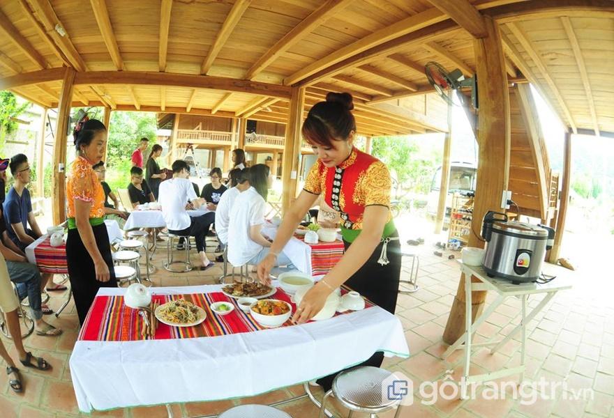 Không gian ăn uống tại Mộc Homestay (ảnh internet)